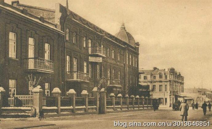 哈尔滨霍库曼旅馆附近的新城大街和田地街