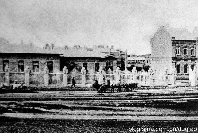 1904年时的东清铁路中央医院西侧入口