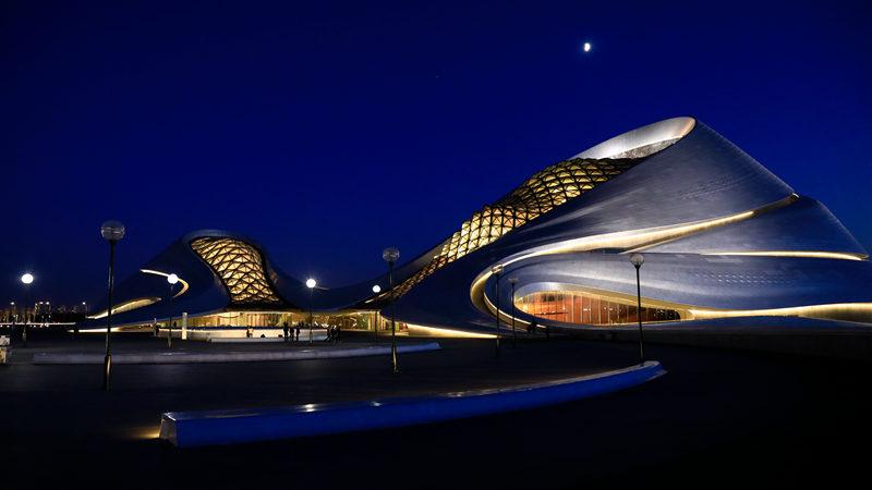 哈尔滨大剧院夜景,张维涛摄影
